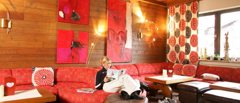 austria_hinterglemm_hotel-glemmtalerhof_lounge.jpg